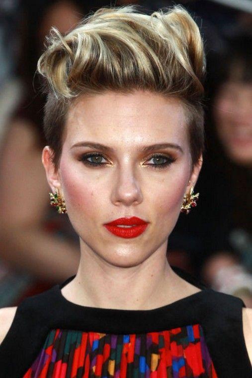 Scarlett Johansson Sarı Saç Rengi Modelleri