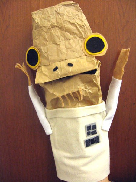 Admiral Ackbar paper-bag craft. I had this bookmarked for a long time, now I'm wondering if I could manage a large-scale version for Hallowe'en...