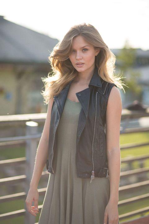 Girls And Bikes Copenhagen Street Style Vests Beauty