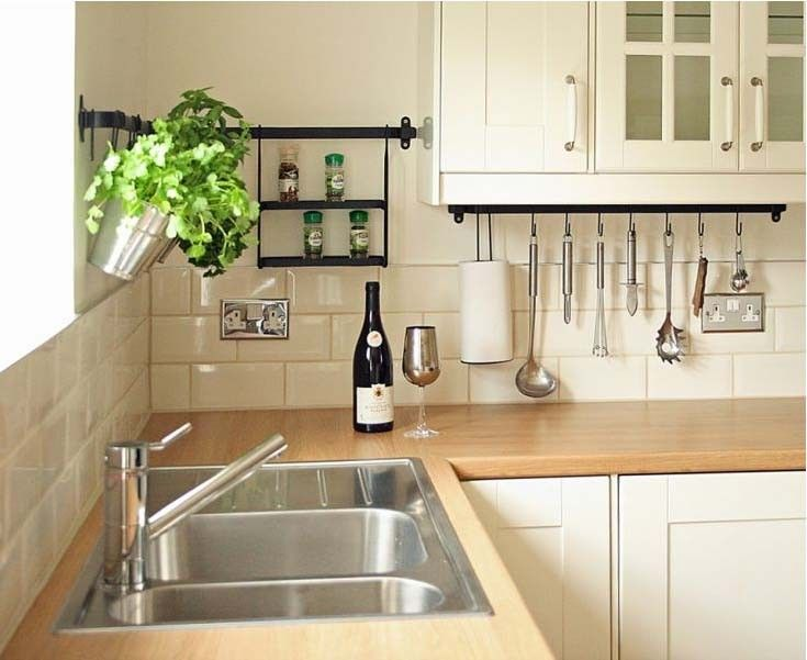 Looking for a classic and yet stylish look in your kitchen. Why not try cream metro kitchen wall tiles from Crown Tiles.