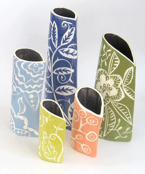 clay slab vases sgraffito--we have done a lot of sgraffito but never as a slab. This is cool.