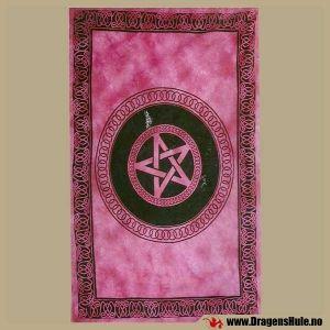 Sengeteppe: Pentagram burgunderrød -200x140cm fra DragensHule. Om denne nettbutikken: http://nettbutikknytt.no/dragens-hule-no/