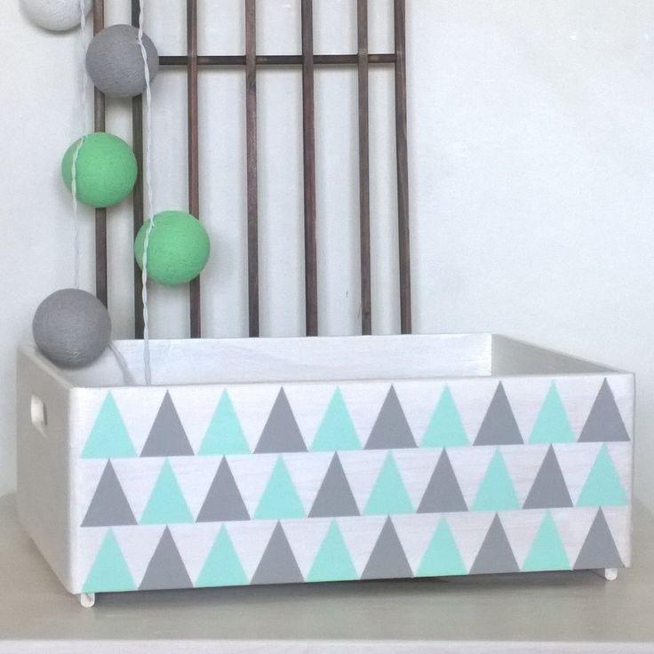 les 25 meilleures id es de la cat gorie bo tes en bois peintes sur pinterest vieux coffre. Black Bedroom Furniture Sets. Home Design Ideas