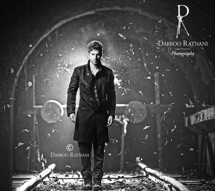 Bollywood, Tollywood & Más: Varun Dhawan Dabboo Ratnani 2015 Calendar Photoshoot