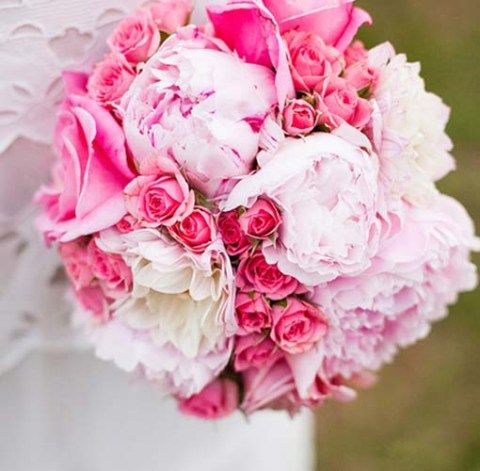 Beautiful Bouquets « David Tutera Wedding Blog • It's a Bride's Life • Real Brides Blogging til I do!