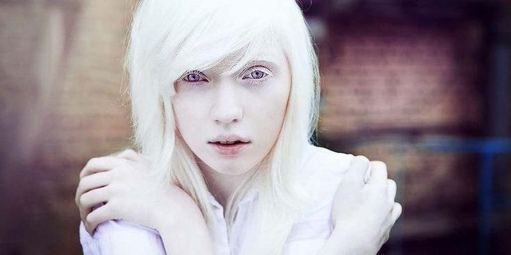 Картинки по запросу портреты необычные белая кожа волосы