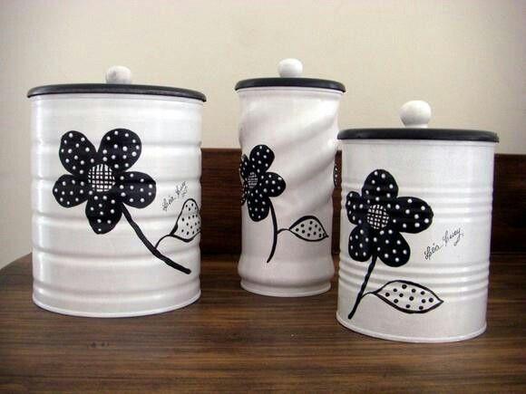 Latas y frascos decorados