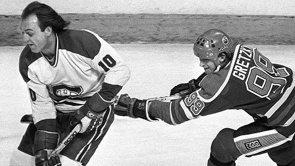 Wayne Gretzky hooking Guy Lafleur | Edmonton Oilers | Montreal Canadiens | NHL | Hockey