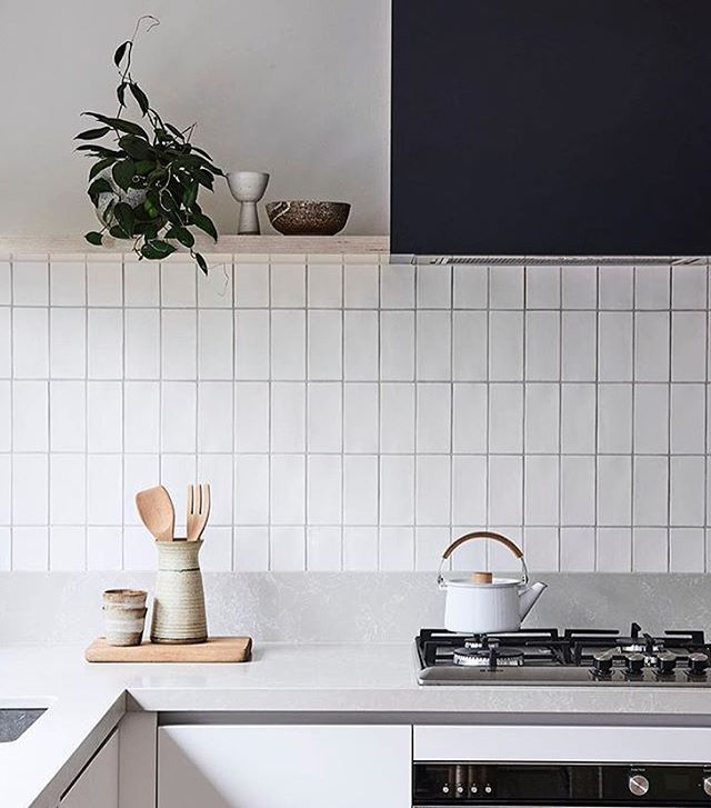 Modernist x Minimalist kitchen details by one of our must follow designers @bicker_design. It doesn't have to be overly complex to be beautiful. Capture by @jamesgeer.