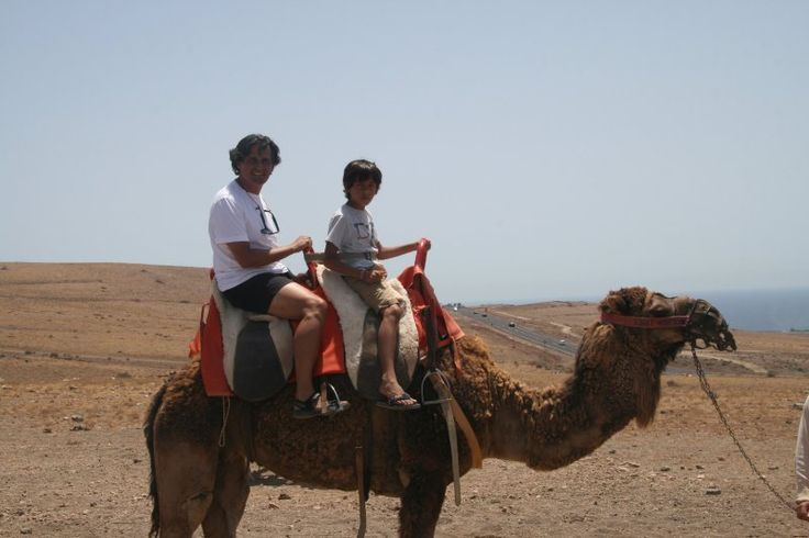 Paseo en camello Lanzarote Vacaciones en familia, vacaciones con niños, #Lanzarote #lanzaroteenfamilia #nuevosviajeros
