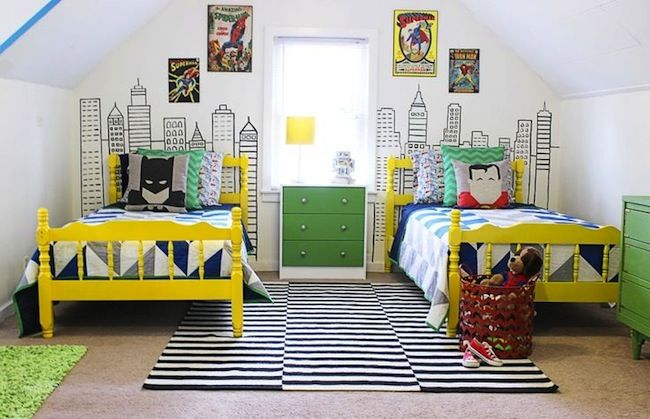 Damn that's a great superhero/ metropolis bedroom. Skyline and carpet could also be great b/w backdrop for girls urban fashion chic bedroom