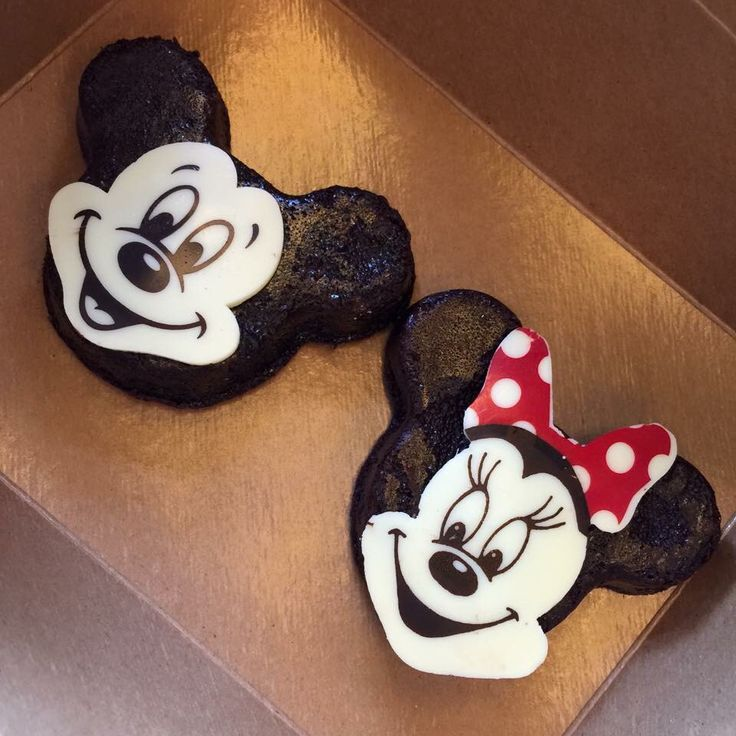 Mickey & Minnie shaped brownies