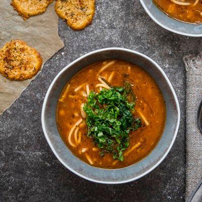 Höstsoppa med cannellinibönor och spaghetti