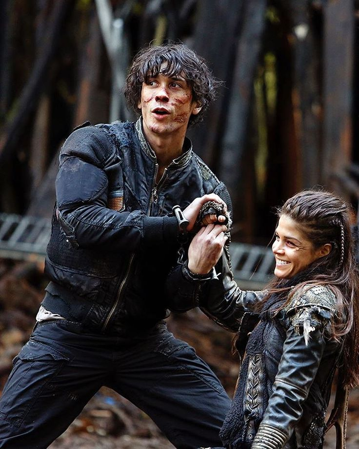 Can the Blakes ever get along like #BobMorley and @marieavgeropoulos do? Catch up on #The100 for free now at the link in the bio!