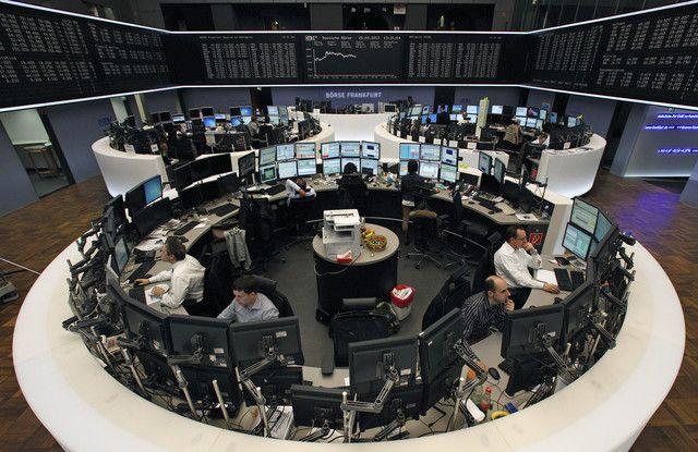 Rifan Financindo Berjangka - Bursa Saham Eropa berakhir mixed pada akhir perdagangan akhir pekan Jumat, setelah investor meneliti batch