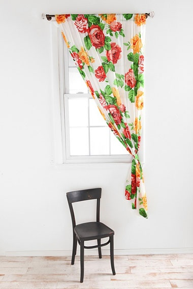 Mexican Rose Curtain - I kind of want this in my kitchen