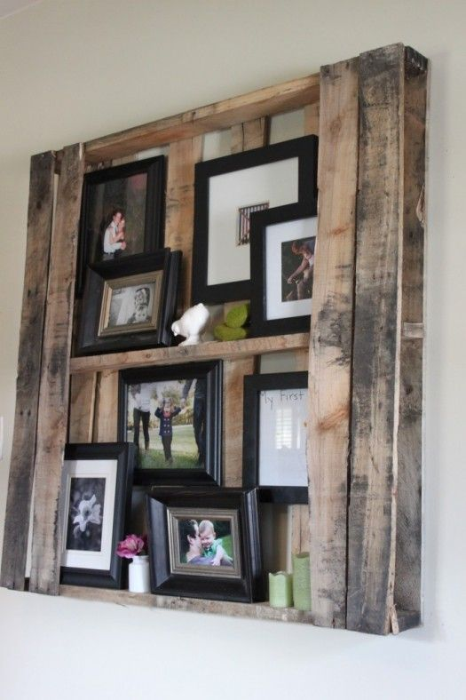 Love this paired with the other one: Pallets Wall, Pallets Frames, Pallets Shelves, Wall Shelves, Photos Display, Pallets Ideas, Wood Pallets, Pictures Frames, Old Pallets