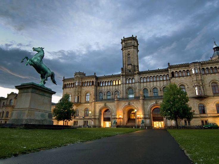 HANNOVER Nordstadt Welfenschloss (Leibniz Universität)   Foto Christian Haase Hanover germany