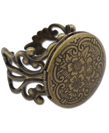 Locket ring: Rings Soulflower, Lane Locket, Lockets, Style, Memories, Memory Lane, Jewelry Rings, Soul Flower