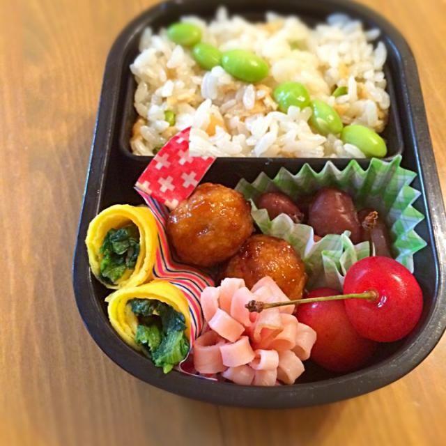 稲荷あげの混ぜ込みごはん✨ いなり寿司は食べにくいそうで、 刻んで酢飯に混ぜ込んでます(o^^o) - 21件のもぐもぐ - 7/14 息子のお弁当(幼稚園年少) by くーまんもん