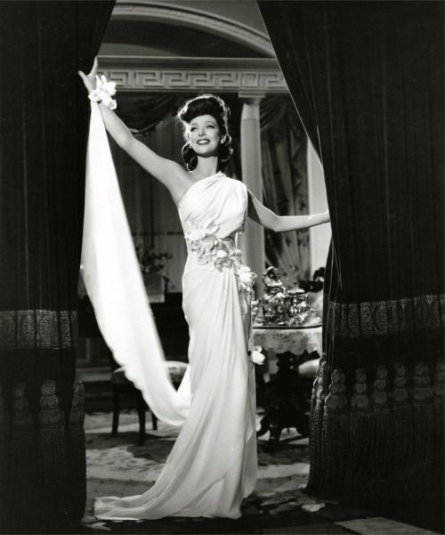 Hollywood Glamour Wedding Gowns: 119 Best Ideas About Loretta Young On Pinterest