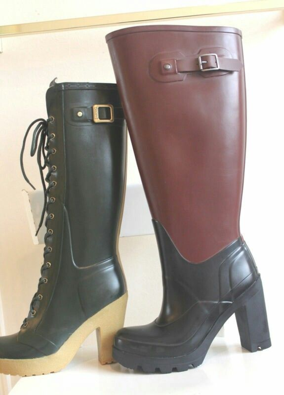 Heavy Equipment Boots : A particularly large high leg ladies heavy rubber boot