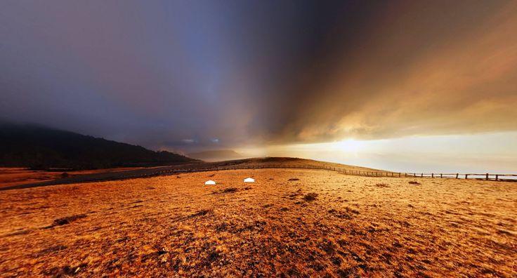 Lijiang, Yunnan MAONIUPING Sunrise (China) by Kmnet https://www.360cities.net/image/dsc00975-1#-206.39,1.90,110.0