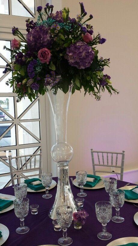 46 best images about tall arrangement on pinterest for Indoor flower design