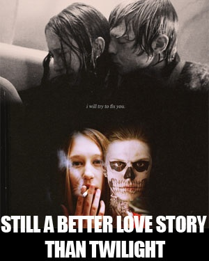 american horror story still a better love story than twilight- I think everybody wants an attractive sorta messed up ghost boyfriend after this show