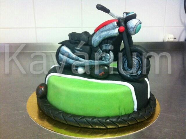 Moto-cake