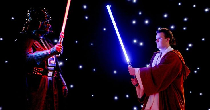 Como fazer um cabo de sabre de luz. Sabre de luz é a arma mais icônica do Universo de Star Wars. Ele é uma espada feita de luz concentrada e usada pelos poderosos e misteriosos cavaleiros Jedi. Criar o seu próprio cabo de sabre de luz é desenvolver uma ideia para um traje de Star Wars. Talvez você se vista como um Jedi para o Dia das Bruxas ou participe de uma convenção de ...