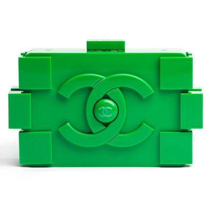 100 Gifts for LEGO Enthusiasts - From Self-Constructed Toy Watches to Designer LEGO Handbags (TOPLIST)