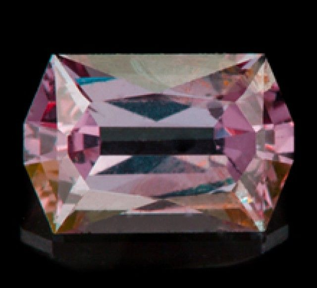 1.11 ct COLOR CHANGE GARNET - BRIGHT GREEN-BLUE TO SHARP PINK! pink gemstone, pink garnet  , gemstone