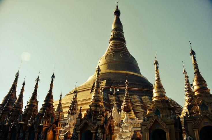 Schwedagon Pagoda in Yangon - Exploring Yangon - http://thewanderingwanderluster.com/yangon/
