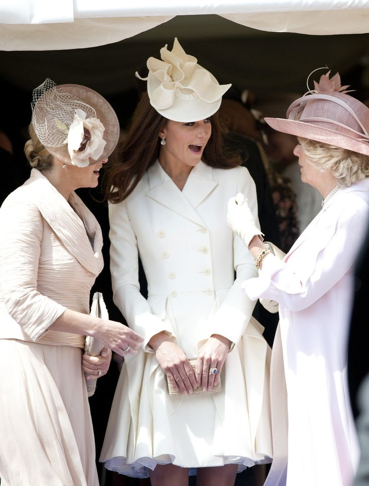 "It kind of looks like Kate Middleton was saying ""She asked was I really marrying a prince and I was like Hell's Yea Girl!!!"""