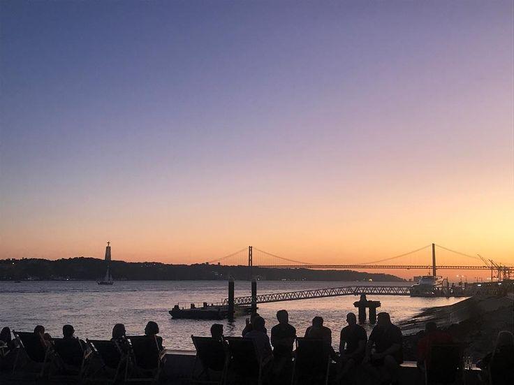 Sunset in Lisbon #nofilter . . . . . . . . #sunset #lisbon #lisboa #lisbonportugal #portugal #bridges #architecture #architecturelovers #visitportugal #visitportugal #instalisboa #instalisbon #instaportugal