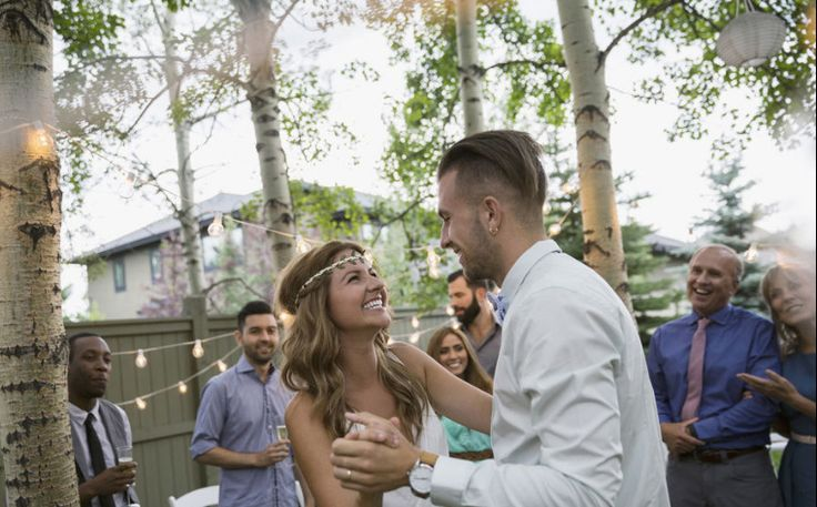 Check out our $5000 wedding budget breakdown in order to have a gorgeous wedding on a budget. With these tips and tricks, you'll surely get your wedding well planned out.