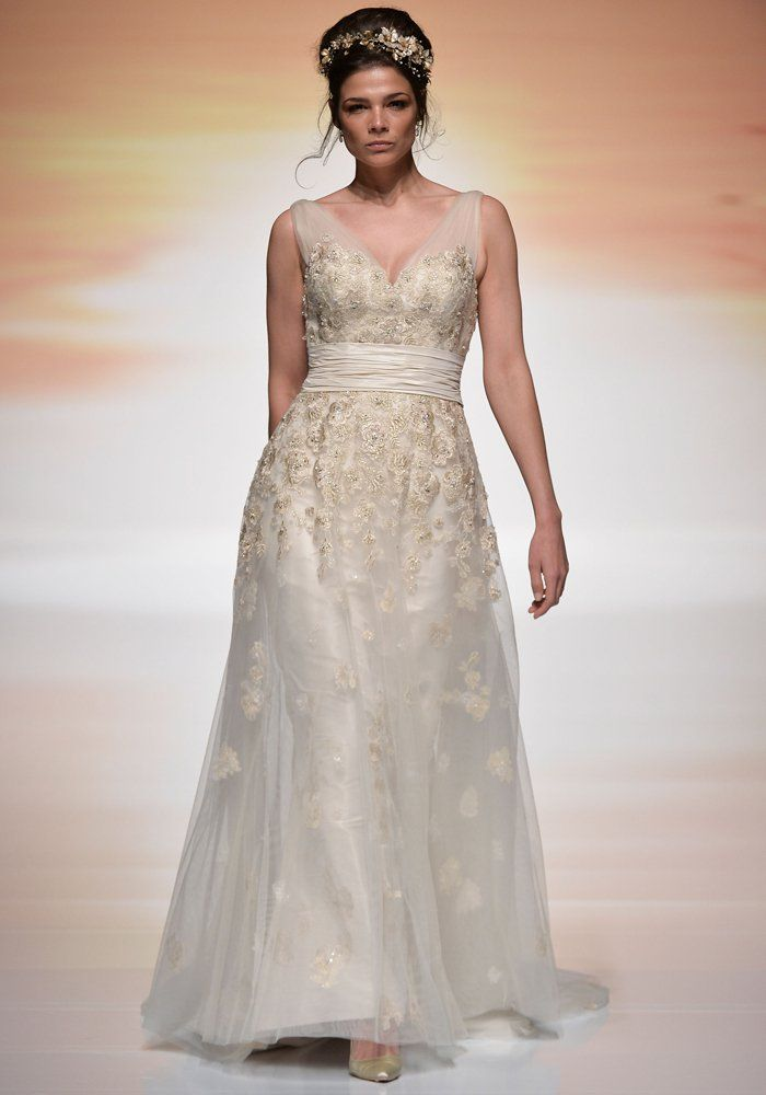 Robe de mariée empire Ian Stuart