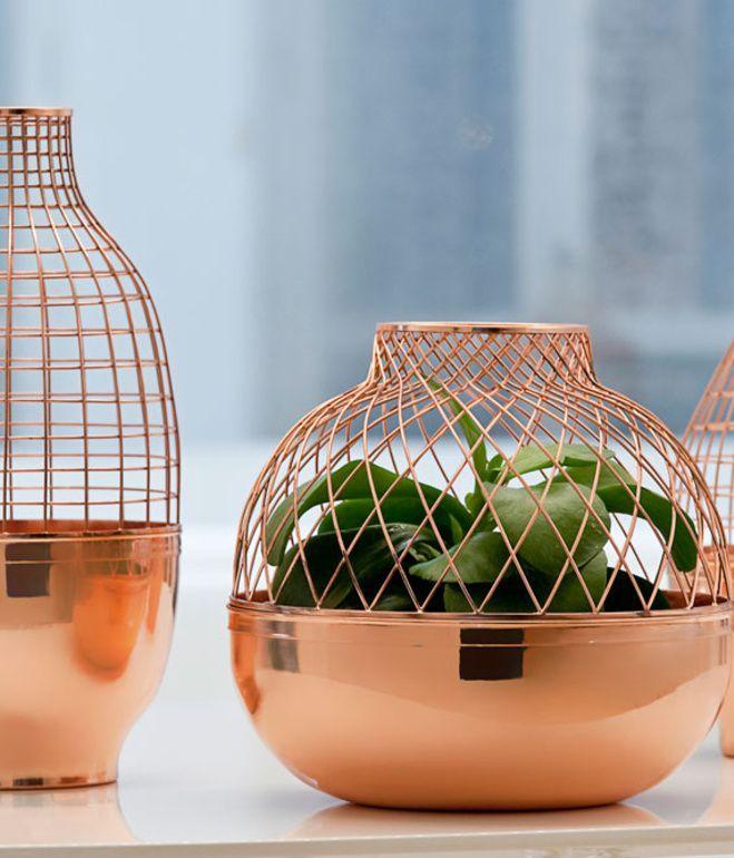 Stoer, tijdloos, makkelijk te combineren, warm en een ware trend. Durf te kiezen voor koper in je interieur! Je…
