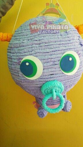 Piñata neonato distroller... buen inicio de semana y prepárense para una dinámica y ganar una piñata navideña.