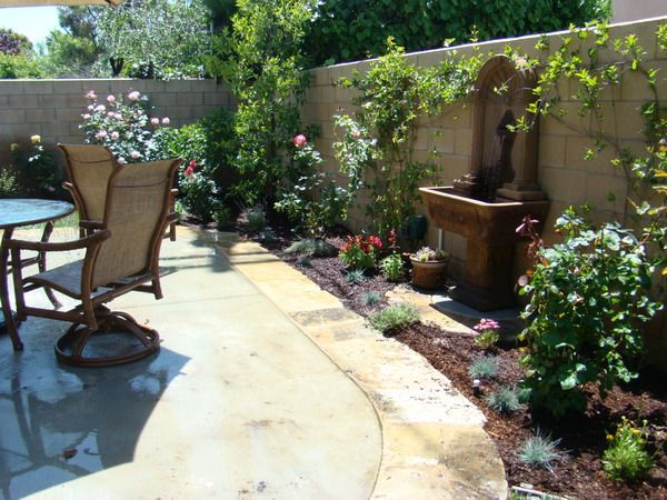 Tuscan patio with water feature ideas courtyard for Patio designs for small gardens