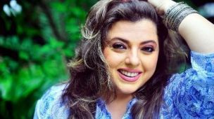Audience doesn't want to see me in different role: Delnaaz Irani  Actress Delnaaz Irani, known for her innocent and cute roles in films and television, feels the audience has accepted her in such characters.