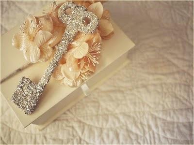 glitter: Sparkle Key, Heart, Keys, Wedding Ideas, Locks, Glitter Key, Things, Diy, Pretty