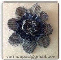 Floral Denim Piece. Handmade by Vernice Favis-Paz (vernicepaz@gmail.com).  #brooch #hairclip #bagaccent #headband #creativemom #DIY #recycle #denimjeans #california #usa