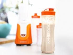 INGREDIENTS ½ cup protein powder 2 cups skim milk ½ cup plain yogurt 1 x banana 1 x teaspoon maple syrup DIRECTIONS Place the protein powder, milk, yoghurt, banana, and syrup into the large personal blending jug; securely seal the blade assembly inside the blending jug. Lock the blending jug onto the motor base by aligning the arrows and pres...