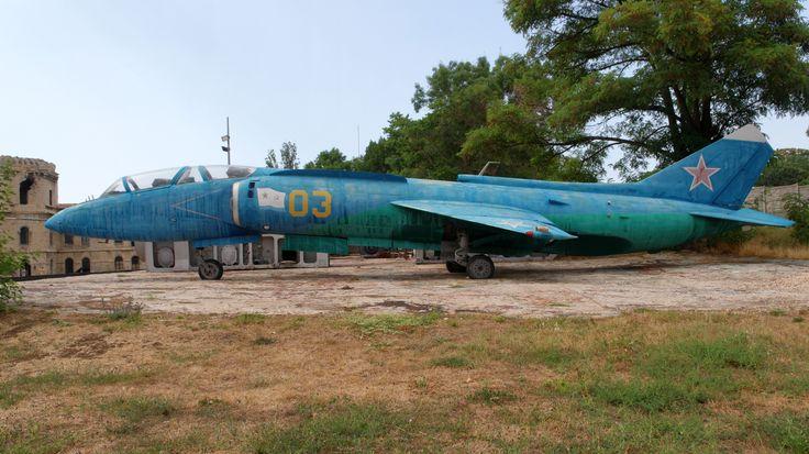 Sevastopol_Mikhaylovskaya_battery_Yakovlev_Yak-38U_IMG_4206_1725.jpg (JPEG kép, 3067×1725 képpont)