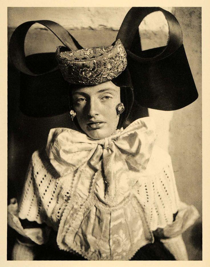 1934 Buckeburg Germany Gala Costume Outfit Saxony Woman - ORIGINAL GER4