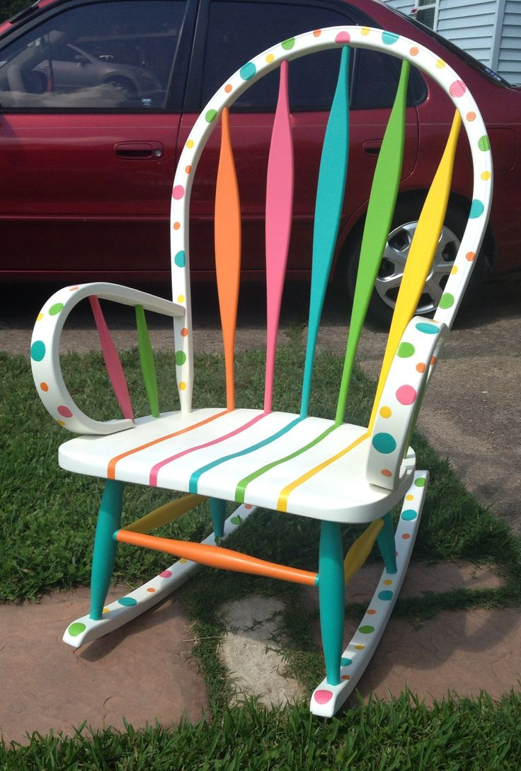 My new and improved DIY hand painted teacher chair!!!!