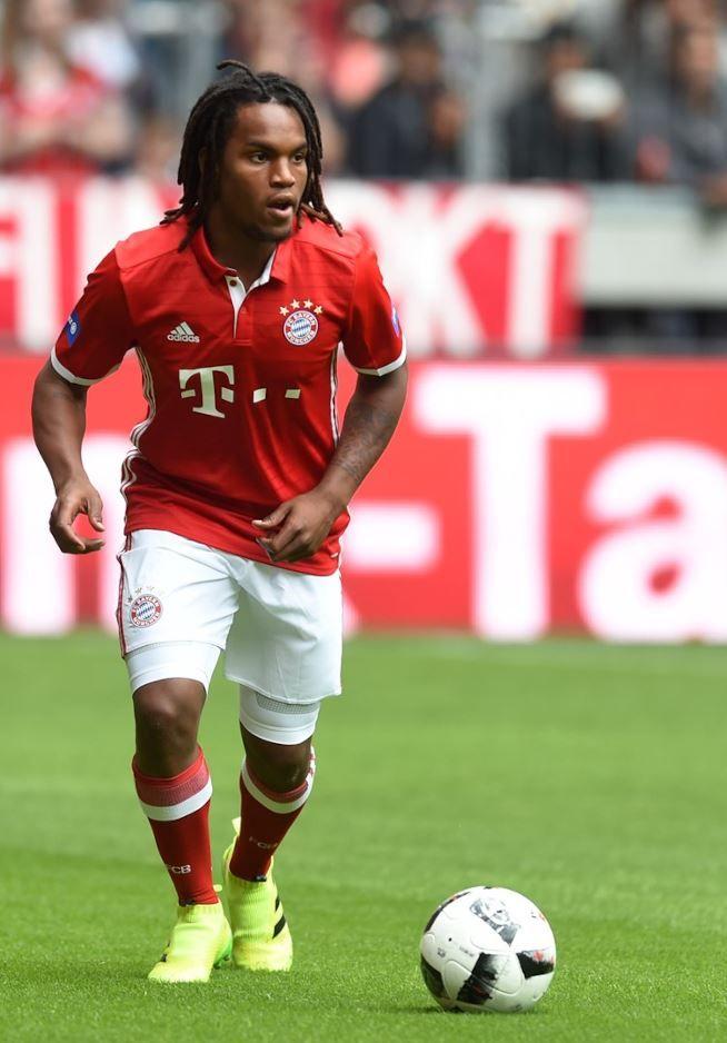 Infortunio muscolare per Renato Sanches, stop di un mese: il Bayern Monaco di Carlo Ancelotti dovrà fare a meno di lui nella…