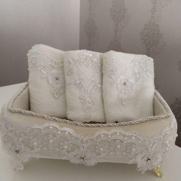 Fransız dantelli kadife havlu kutusu